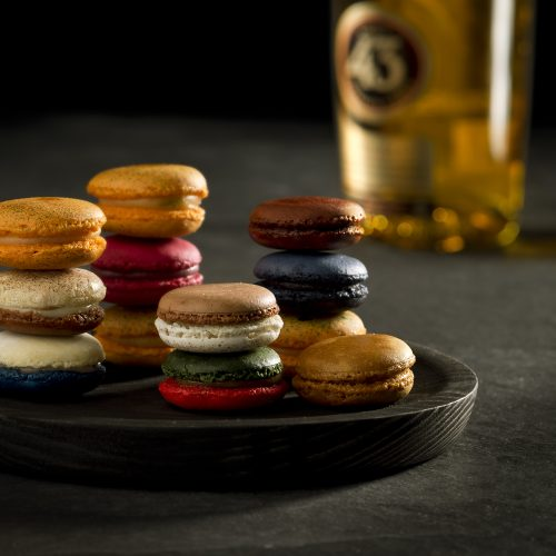 Macarons with orange and liquor 43